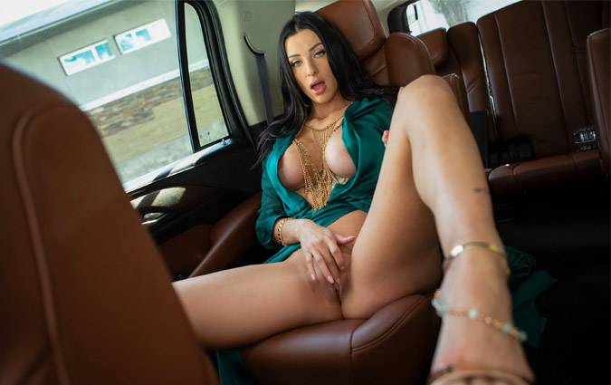 brazzersexxtra-azul-hermosa-introducing-azul