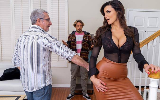 mommygotboobs-becky-bandini-a-slippery-situation