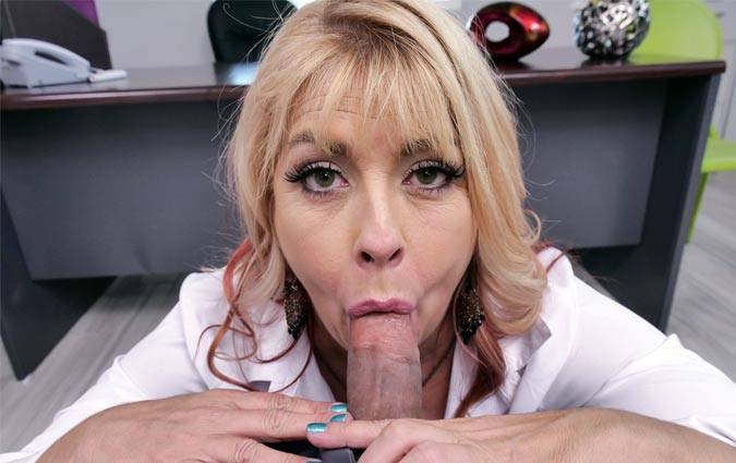 mylfblows-joclyn-stone-milf-head-from-human-resources