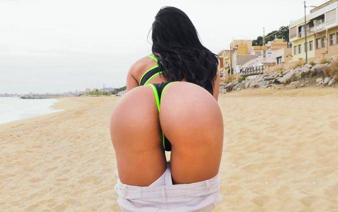 publicbang-canela-skin-juicy-ass-canela-does-anal-in-the-park